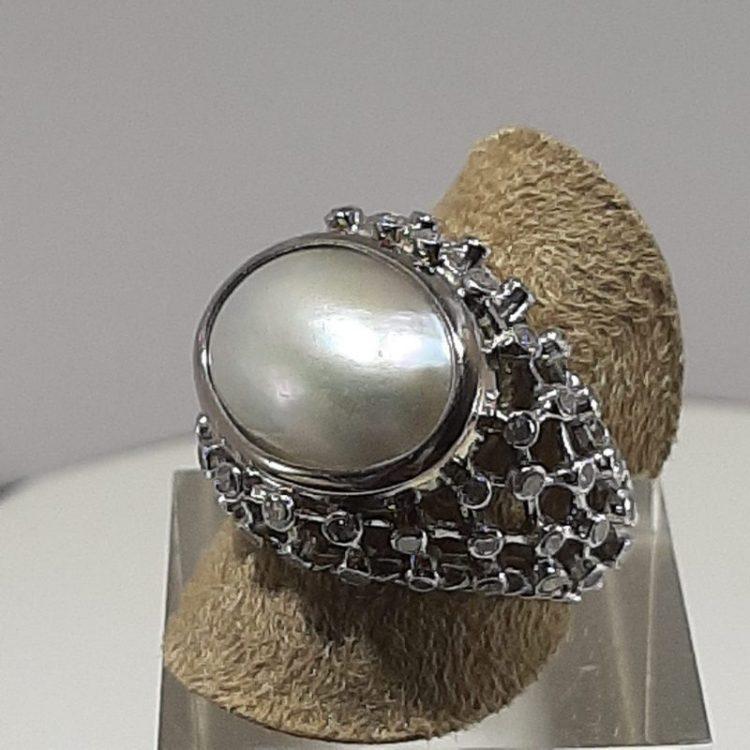 Bague ancienne Perle sur or blanc 18k et Platine