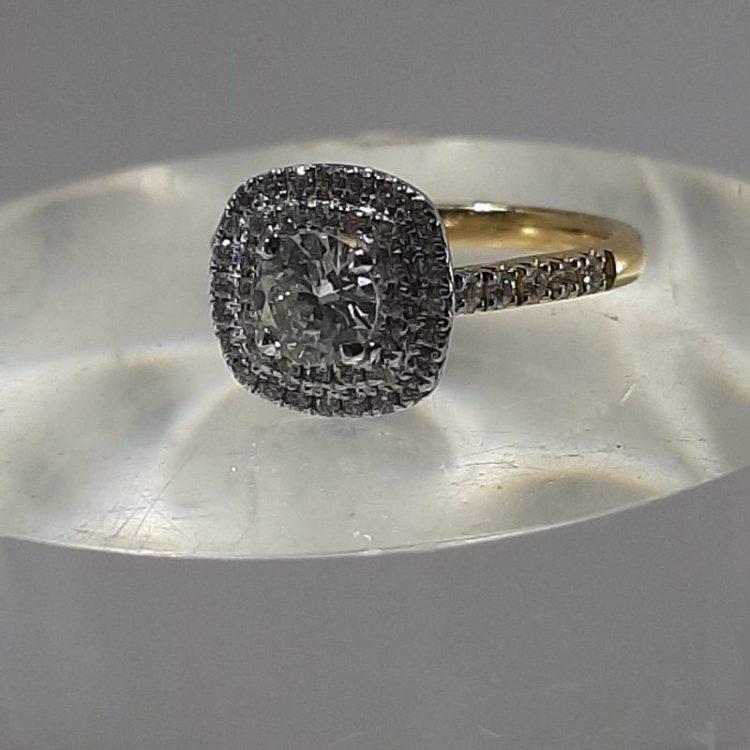 Bague ancienne Diamants double entourage sur or 18k